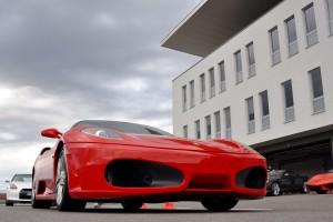 Ferrari F430 oraz Nissan GTR