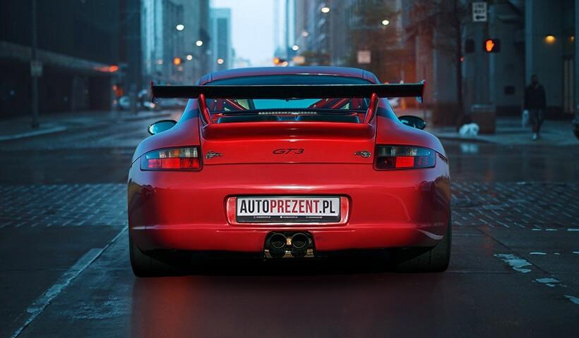 Jazda Porsche 911 gt3 997 ulicami miast