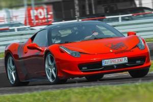 Ferrari 458 Italia tor wyścigowy
