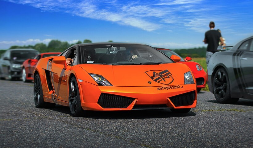 Pomarańczowe Lamborghini Gallardo