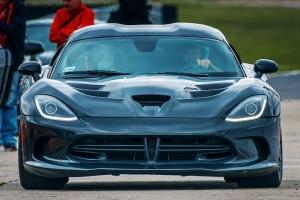 Dodge Viper GTS przód samochodu