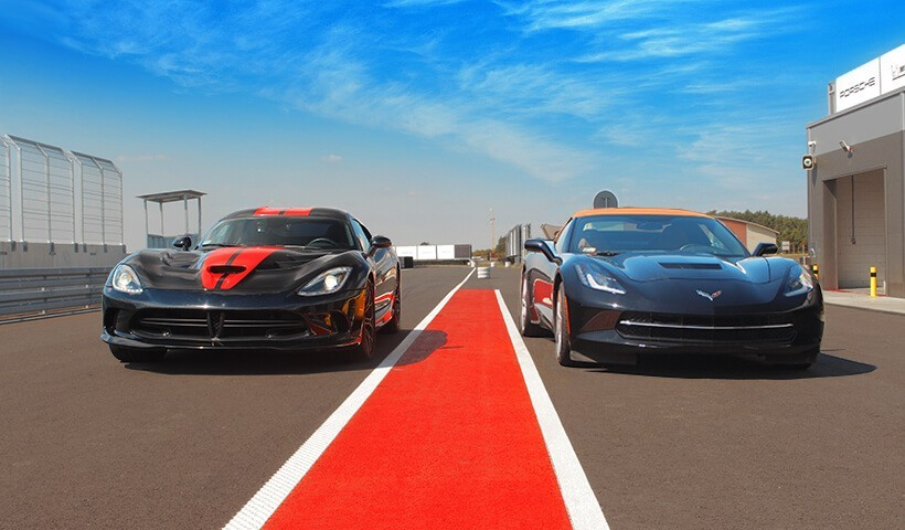 Dodge Viper GTS vs Corvette C7