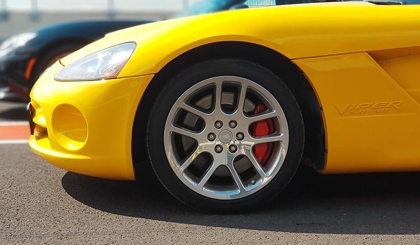 Koł Dodge Viper