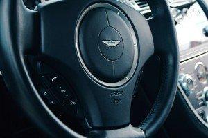 Kierownica Astona Martina db9