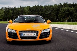 Audi R8 V10 autoprezent przód