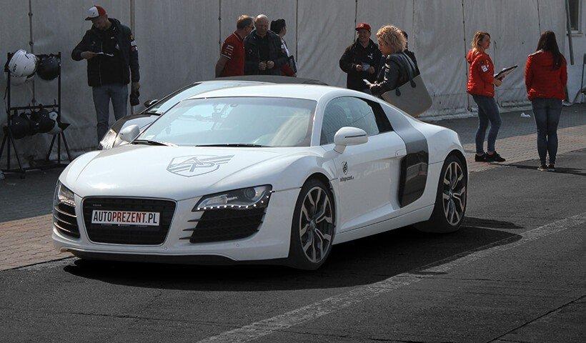Audi R8 V8 na torze