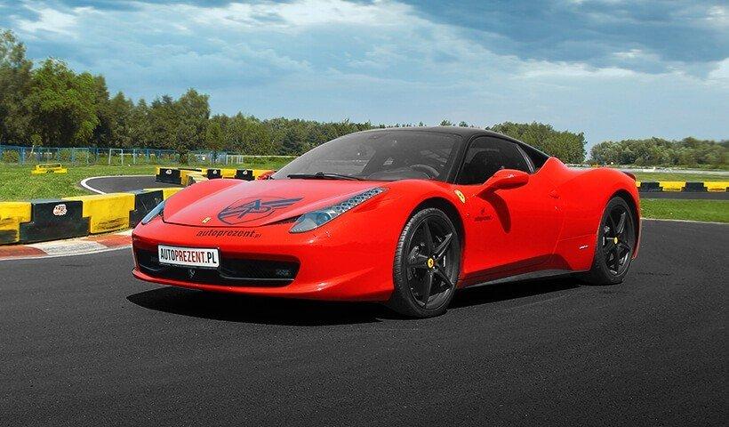 Ferrari Italia autoprezent