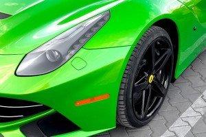 Ferrari F12berlinetta lampa i koło