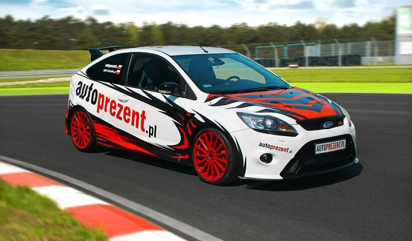 Ford Focus RS mk2 w akcji na torze