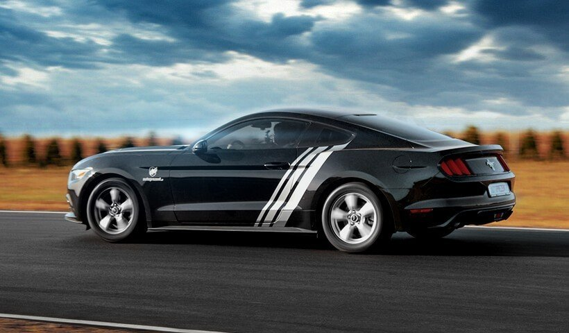 Ford Mustang na torze