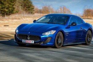 Maserati_GT_MC  na torze wyścigowym Poznań