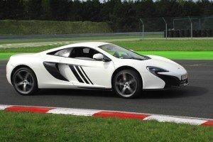 McLaren na torze