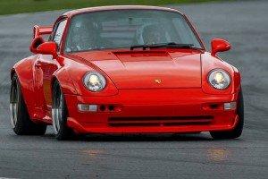 Porsche_911_GT2_993