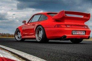 Porsche_911_GT2_993 tył