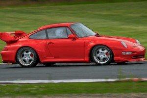 Porsche_911_GT2_993 na torze