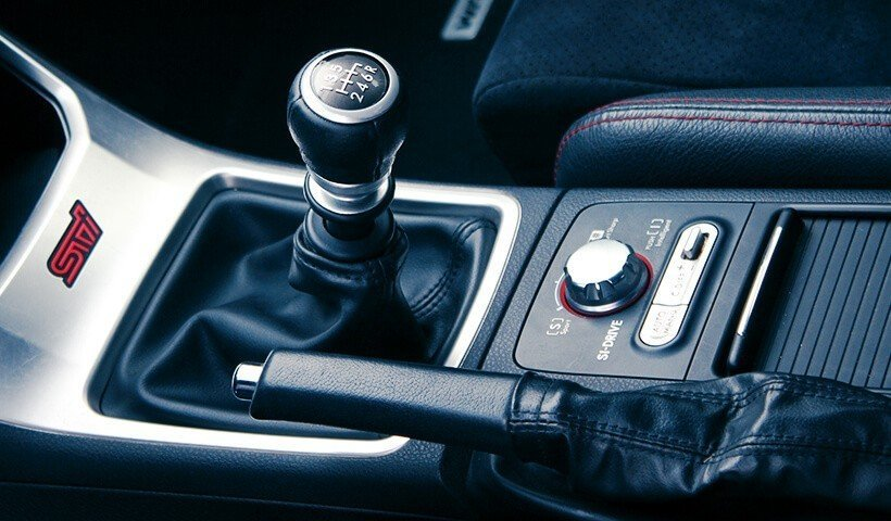 Subaru Impreza Wrx STI autoprezent biegi